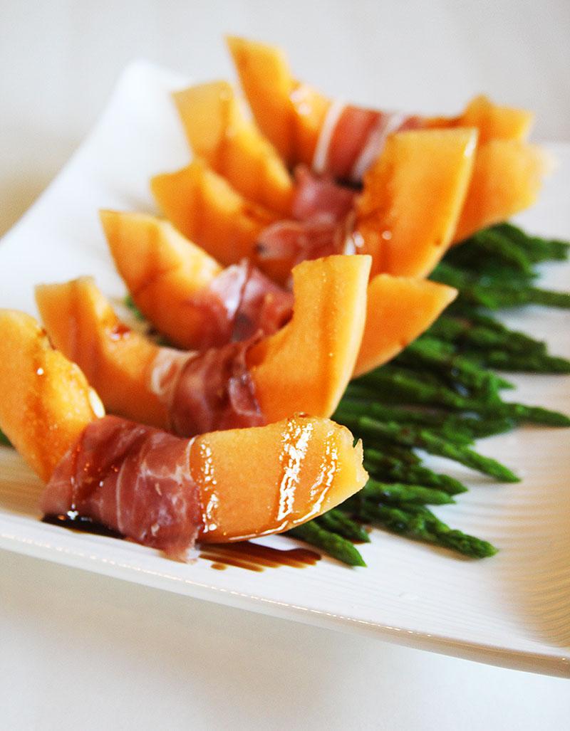 Cantaloupeprosciuttosalad
