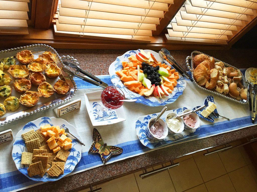 Breakfast, buffet, coffee, parent coffee, fruit, cream cheese, quiche, set up, breakfast coffee