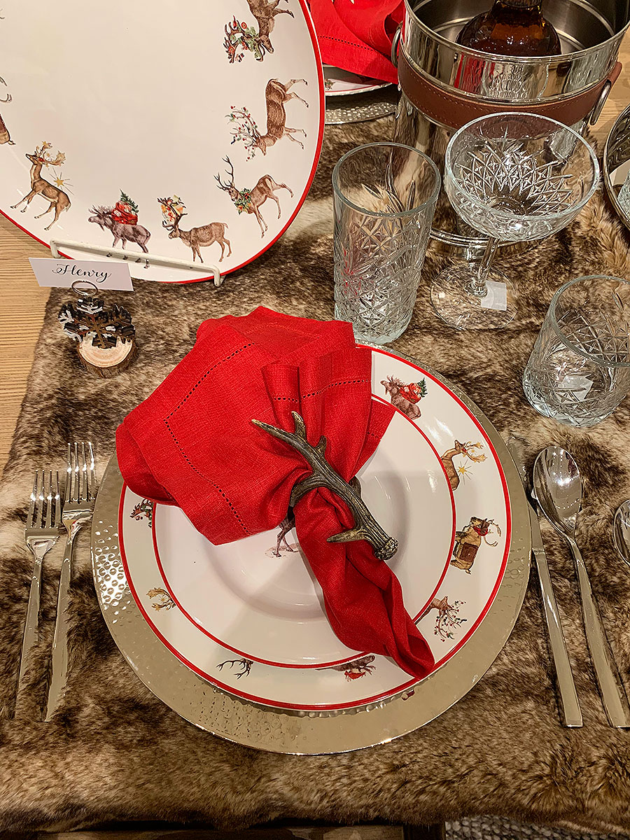 Fall, tables, place setting, thanksgiving, Thanksgiving placesetting, silver, plates, china, holiday, reindeer,