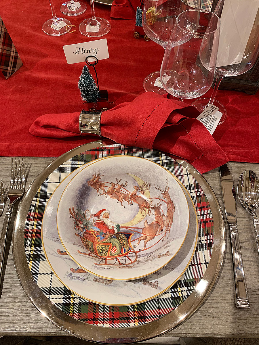 Holiday table, holidays, tablescapes, table setting, santa, illustrated santa, china, plates, silver, holiday table