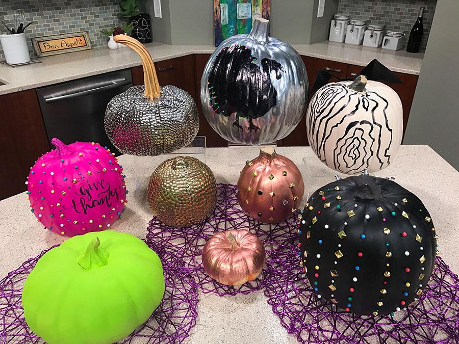 Halloween, pumpkins, fake pumpkins, artificial pumpkins, Fashionable Halloween