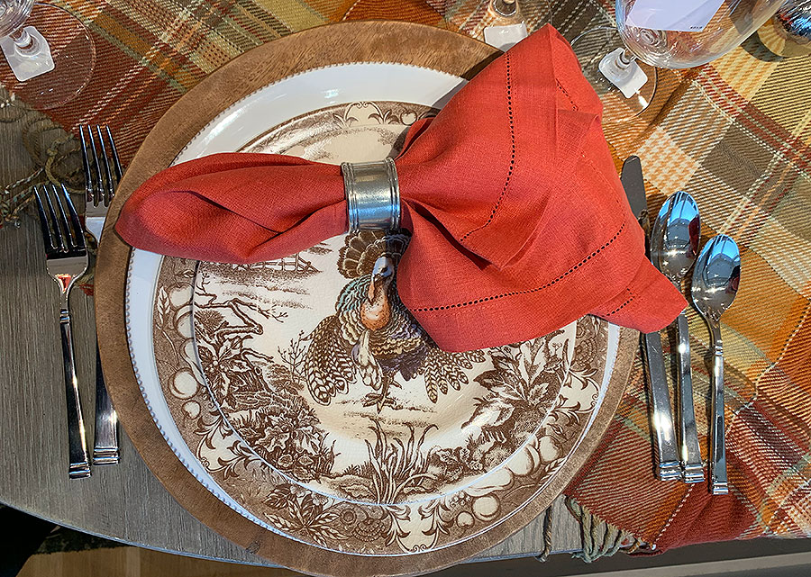 Fall, tables, place setting, thanksgiving, Thanksgiving placesetting, silver, plates, china