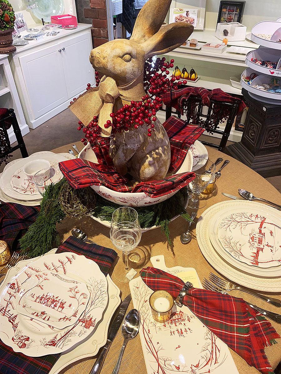 Juliska, Juliska table, Juliska Holiday Table, Table Top, Holiday table, holiday tabletop, holiday table top, christmas table, Christmas table top, Christmas China, Juliska Christmas China, Table Place settings, Christmas Centerpiece, Holiday Centerpiece, Tablescape, Holiday Table Scape